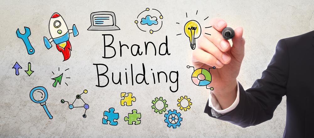 101228-branding-por-que-voce-deve-se-restruturar-para-disputar-mercado-com-novos-negocios